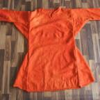Obertunika aus Wolle Krapp gefärbt